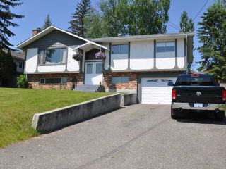 """Photo 2: 1339 JOHNSTON Avenue in Quesnel: Quesnel - Town House for sale in """"JOHNSTON SUBDIVISION"""" (Quesnel (Zone 28))  : MLS®# N210838"""