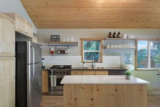Photo 5: 2582 East Side Rd in : PQ Qualicum North House for sale (Parksville/Qualicum)  : MLS®# 859214