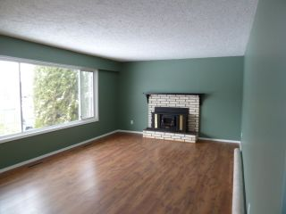 Photo 3: 46055 Avalon Avenue in Chilliwack: Fairfield Island Home for sale ()  : MLS®# H1100848