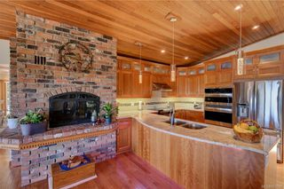 Photo 8: 5537 Forest Hill Rd in : SW West Saanich House for sale (Saanich West)  : MLS®# 853792