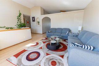 Photo 4: 71 Braswell Bay in Winnipeg: Royalwood Residential for sale (2J)  : MLS®# 202110716