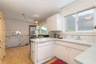 Photo 5: 1739 North Highland Drive in Kelowna: Glenmore House for sale (Central Okanagan)  : MLS®# 10123486