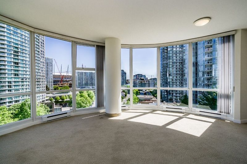 FEATURED LISTING: 1006 - 193 AQUARIUS Mews Vancouver