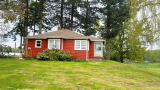 Photo 2: 25651 FRASER Highway in Langley: Salmon River House for sale : MLS®# R2167821