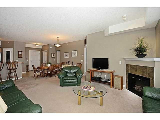 Main Photo: 424 15 EVERSTONE Drive SW in CALGARY: Evergreen Condo for sale (Calgary)  : MLS®# C3611347