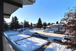 Photo 4: 9281 172 Street in Edmonton: Zone 20 Carriage for sale : MLS®# E4222602