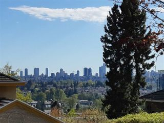 """Photo 1: 6091 GRANT Street in Burnaby: Parkcrest House for sale in """"PARKCREST - KENSINGTON"""" (Burnaby North)  : MLS®# R2379467"""