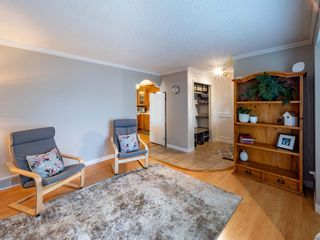 Photo 9: 215 Millcrest Way SW in Calgary: Millrise Detached for sale : MLS®# A1103784