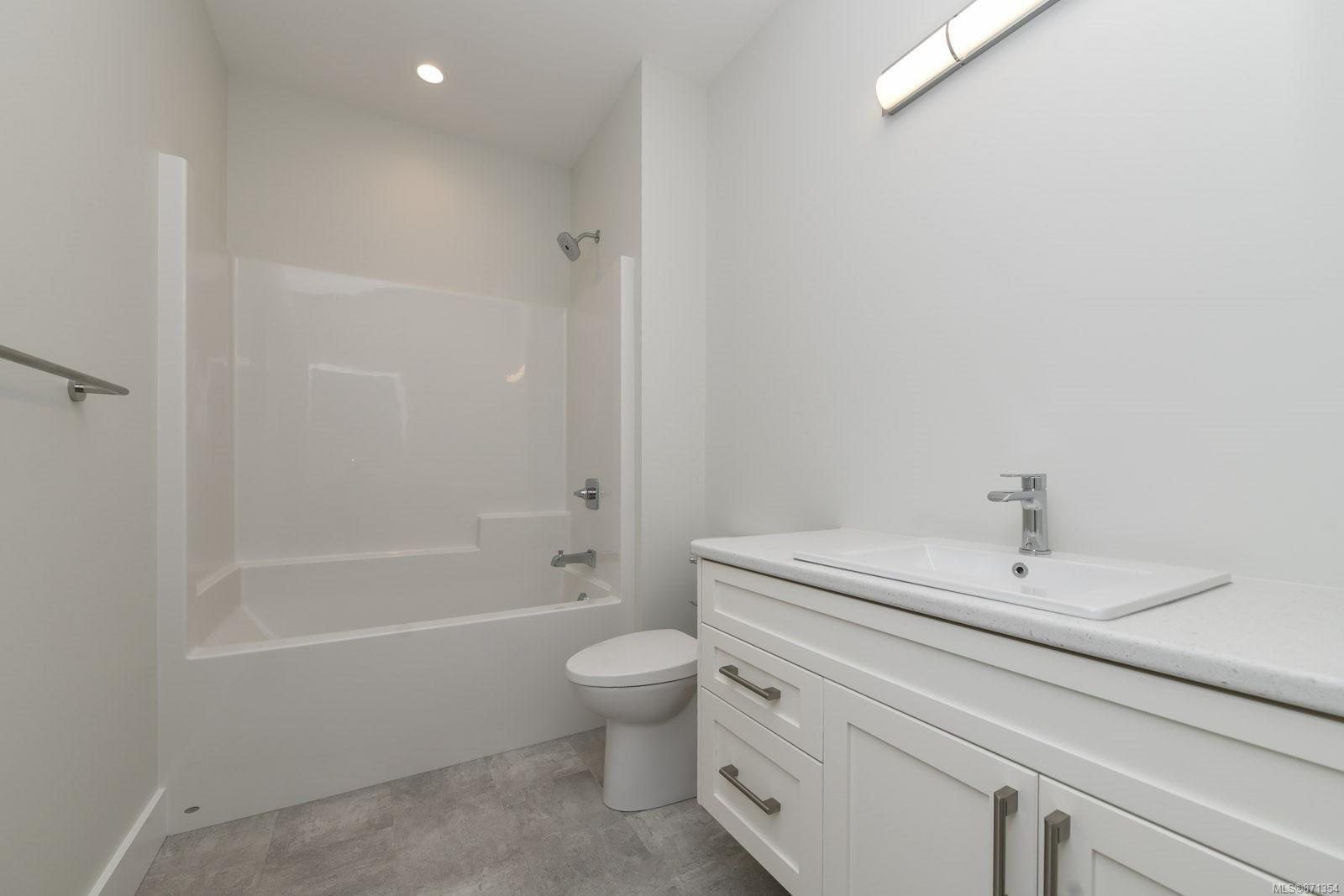 Photo 20: Photos: 68 Grayhawk Pl in : CV Courtenay City House for sale (Comox Valley)  : MLS®# 871354
