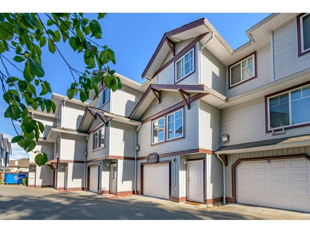 Main Photo: 10 12070 76 Avenue in Surrey: West Newton Townhouse for sale : MLS®# R2599331