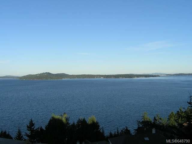 Main Photo: 445 Seaview Way in COBBLE HILL: ML Cobble Hill House for sale (Malahat & Area)  : MLS®# 648790
