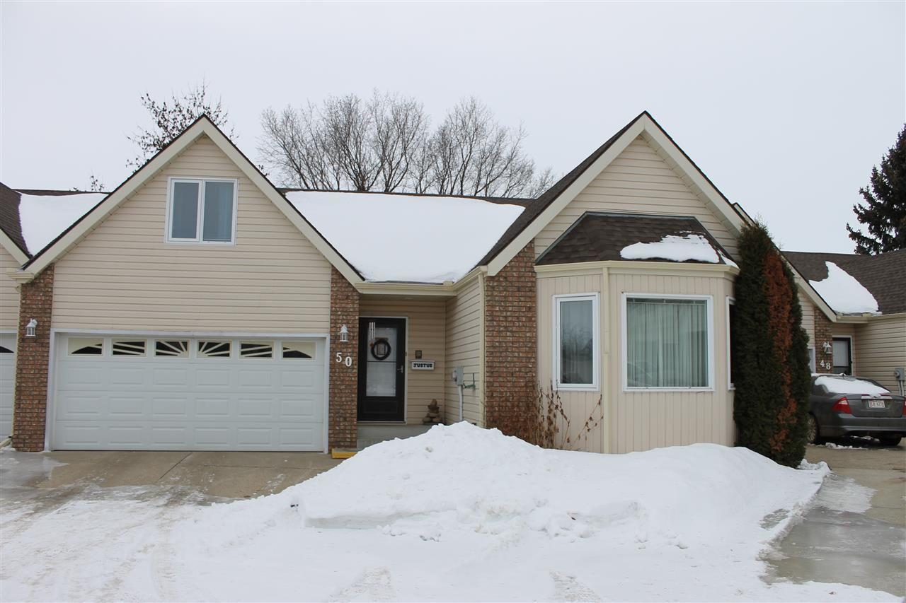 Main Photo: 50 4410 52 Avenue: Wetaskiwin House Half Duplex for sale : MLS®# E4227100