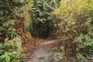 "Photo 32: 26 50 PANORAMA Place in Port Moody: Heritage Woods PM Townhouse for sale in ""Adventure Ridge"" : MLS®# R2575633"