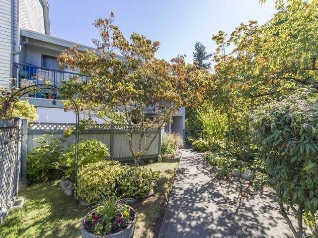 Main Photo: 9 7549 HUMPHRIES Court in Burnaby: Edmonds BE Townhouse for sale (Burnaby East)  : MLS®# R2100970