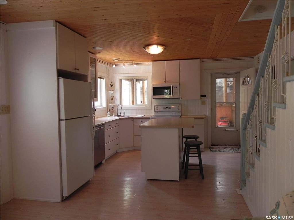 Photo 12: Photos: 108-110 William Street in Manitou Beach: Residential for sale : MLS®# SK821858