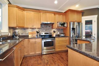 """Photo 5: 410 TRINITY Street in Coquitlam: Central Coquitlam House for sale in """"Dartmoor/River Heights"""" : MLS®# R2421890"""
