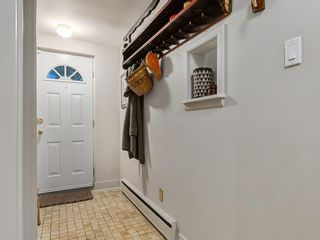 Photo 31: 132 CHINOOK Drive SW in Calgary: Chinook Park Detached for sale : MLS®# A1071205