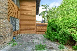 """Photo 20: 2002 10620 150 Street in Surrey: Guildford Townhouse for sale in """"Lincolins"""" (North Surrey)  : MLS®# R2459924"""