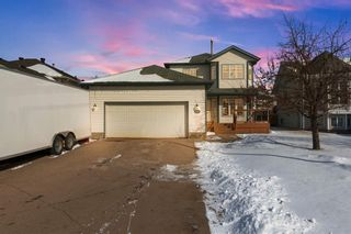 Photo 1: 147 Breukel Crescent: Fort McMurray Detached for sale : MLS®# A1085727
