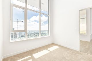 """Photo 11: 4102 6383 MCKAY Avenue in Burnaby: Metrotown Condo for sale in """"GOLD HOUSE at Metrotown"""" (Burnaby South)  : MLS®# R2593177"""