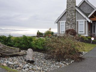 Photo 2: 954 SURFSIDE DRIVE in QUALICUM BEACH: PQ Qualicum Beach House for sale (Parksville/Qualicum)  : MLS®# 783341