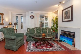 Photo 2: D 3441 E 43RD Avenue in Vancouver: Killarney VE Townhouse for sale (Vancouver East)  : MLS®# R2029018