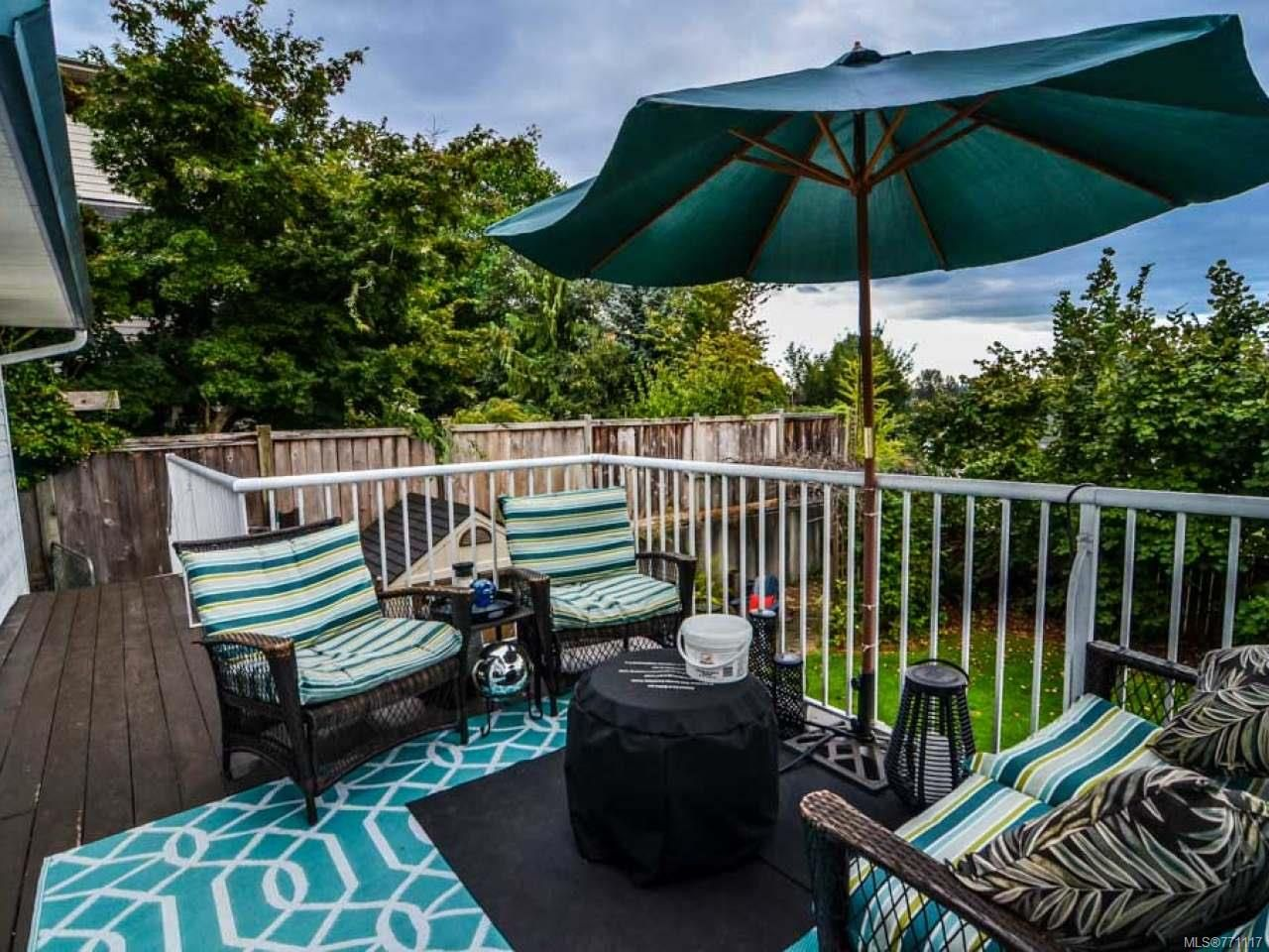 Photo 10: Photos: 697 Steenbuck Dr in CAMPBELL RIVER: CR Campbell River Central House for sale (Campbell River)  : MLS®# 771117
