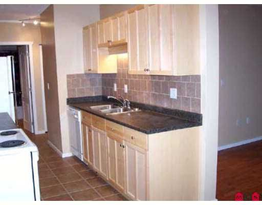 """Photo 4: Photos: 13525 96TH Ave in Surrey: Whalley Condo for sale in """"PARKWOODS - ARBUTUS"""" (North Surrey)  : MLS®# F2627286"""