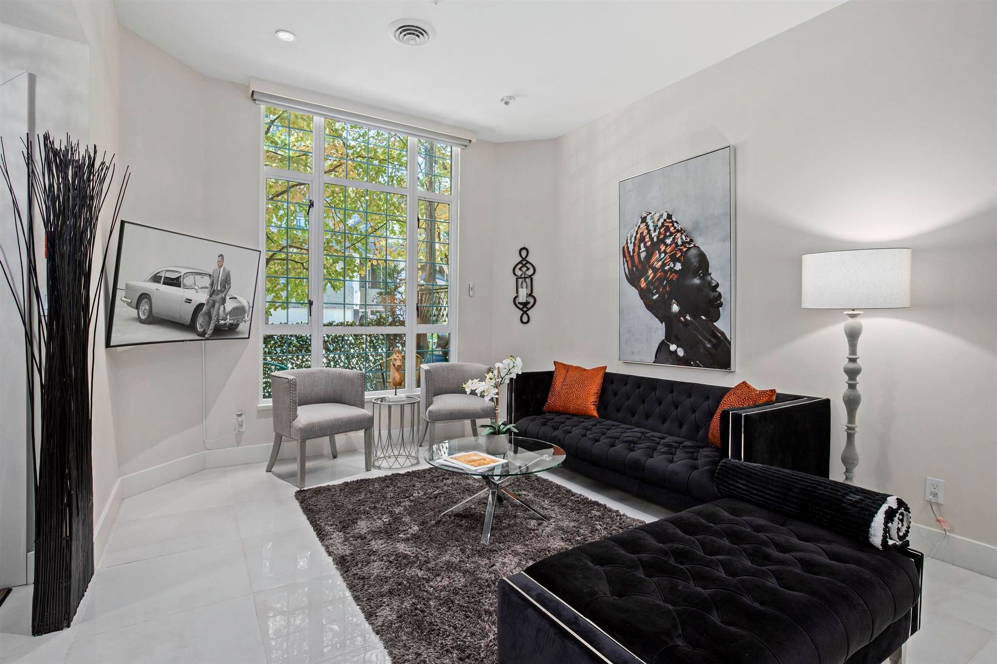 """Main Photo: 102 896 HAMILTON Street in Vancouver: Downtown VW Townhouse for sale in """"Rosedale Gardens"""" (Vancouver West)  : MLS®# R2604168"""