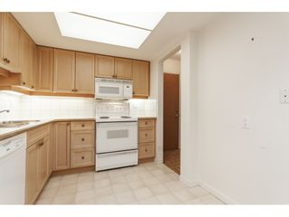 Photo 9: 102 1371 FOSTER STREET: White Rock Condo for sale (South Surrey White Rock)  : MLS®# R2430848