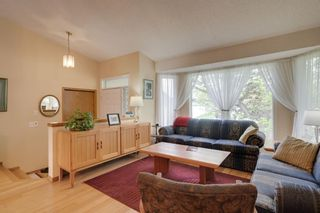 Photo 7: 17 Shannon Circle SW in Calgary: Shawnessy Detached for sale : MLS®# A1105831