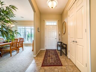 Photo 7: 71 Elgin Estates Hill SE in Calgary: McKenzie Towne Detached for sale : MLS®# A1031075