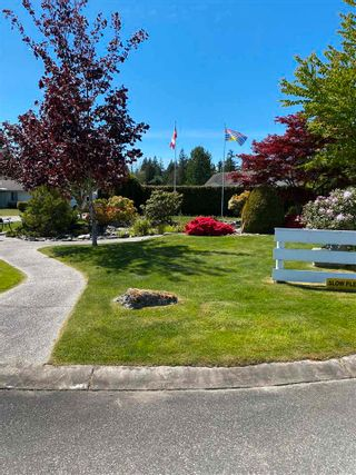 Photo 17: 17 535 SHAW Road in Gibsons: Gibsons & Area 1/2 Duplex for sale (Sunshine Coast)  : MLS®# R2579843