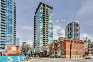 Photo 1: 1210 135 13 Avenue SW in Calgary: Beltline Apartment for sale : MLS®# A1138349