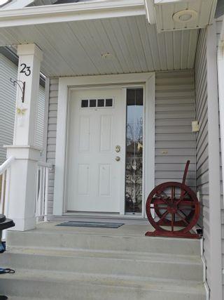 Photo 2: 23 Caragana Way: Fort Saskatchewan House Half Duplex for sale : MLS®# E4235911