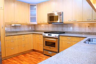 Photo 2: 725 BLYTHWOOD DRIVE in North Vancouver: Delbrook House for sale : MLS®# R2245704