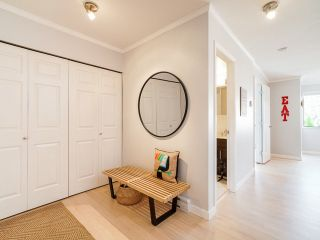 """Photo 5: 1 1214 W 7TH Avenue in Vancouver: Fairview VW Townhouse for sale in """"MARVISTA COURTS"""" (Vancouver West)  : MLS®# R2560085"""