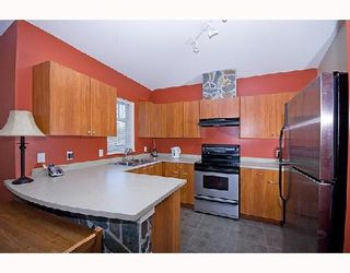 """Photo 4: 95 1821 WILLOW Crescent in Squamish: Garibaldi Estates Townhouse for sale in """"WILLOW VILLAGE"""" : MLS®# V745862"""
