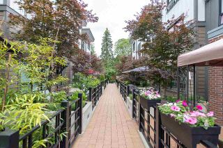 """Photo 20: 4 3508 MT SEYMOUR Parkway in North Vancouver: Northlands Townhouse for sale in """"Parkgate"""" : MLS®# R2282114"""