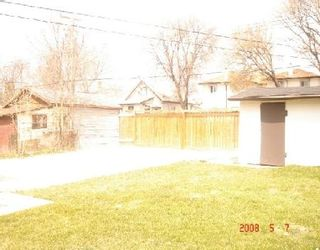 Photo 10: 909 MANITOBA: Residential for sale (Canada)  : MLS®# 2807630