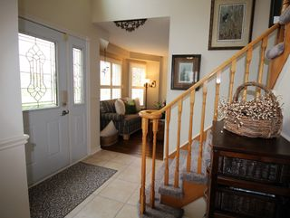 Photo 2: 1033 Fraser Court in Cobourg: House for sale