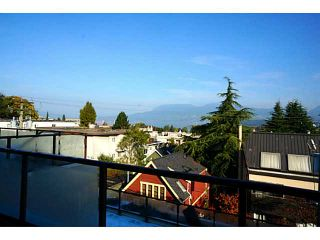 Photo 3: # 302 2035 W 4TH AV in Vancouver: Kitsilano Condo for sale (Vancouver West)  : MLS®# V1031857