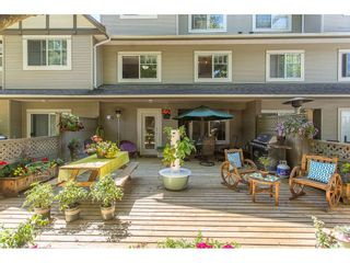"""Photo 19: 43 18181 68 Avenue in Surrey: Cloverdale BC Townhouse for sale in """"THE MAGNOLIA"""" (Cloverdale)  : MLS®# R2191663"""