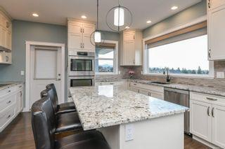 Photo 3: 4063 Buckstone Rd in : CV Courtenay City House for sale (Comox Valley)  : MLS®# 867068