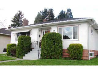 Photo 1: 119 GLOVER Avenue in New Westminster: GlenBrooke North House for sale : MLS®# V881651