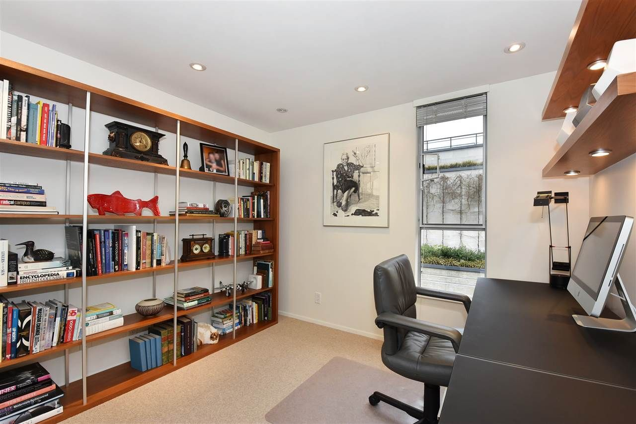 """Photo 14: Photos: 2311 OAK Street in Vancouver: Fairview VW Townhouse for sale in """"OAKVIEW TERRACE"""" (Vancouver West)  : MLS®# R2151089"""