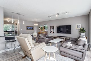 Photo 2: 243 Parkwood Close SE in Calgary: Parkland Detached for sale : MLS®# A1134335