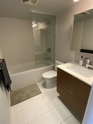 Photo 4: 416 1635 W 3RD Avenue in Vancouver: False Creek Condo for sale (Vancouver West)  : MLS®# R2481622