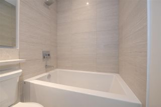 """Photo 10: TH1 1768 GILMORE Avenue in Burnaby: Willingdon Heights Townhouse for sale in """"Escala"""" (Burnaby North)  : MLS®# R2418211"""