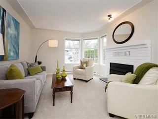 Photo 2: 2981 Harlequin Pl in VICTORIA: La Goldstream Half Duplex for sale (Langford)  : MLS®# 750970